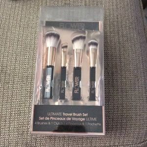 Other - Travel size makeup brushes!
